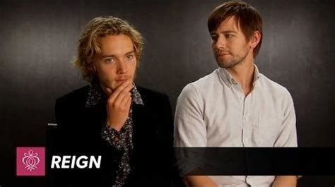 adelaide kane estatura video reign toby regbo torrance coombs interview