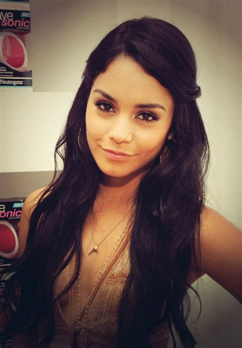 vanessa hudgens natural and unshaven pictures freaking vanessa hudgens vanessa hudgens pinterest her hair