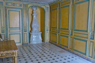 palace of versailles bathrooms royal bathroom versailles french interiors pinterest