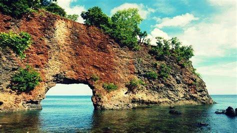 Batu Lava Aquascape 5 pantai ambon manise yang masih seindah surga belum