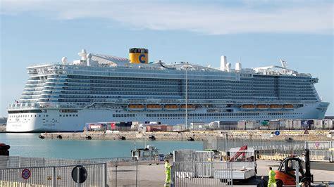 coronavirus  vacationers  lockdown  italian