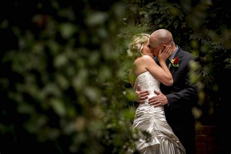 Professional Wedding Photography by How To A Wedding Photographer Videographer