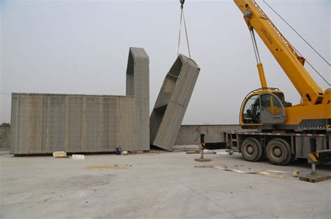 company 3d prints 10 recycled concrete houses in