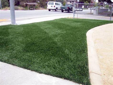tappeto di erba sintetica prezzi prezzi erba sintetica prato informazioni prezzi erba