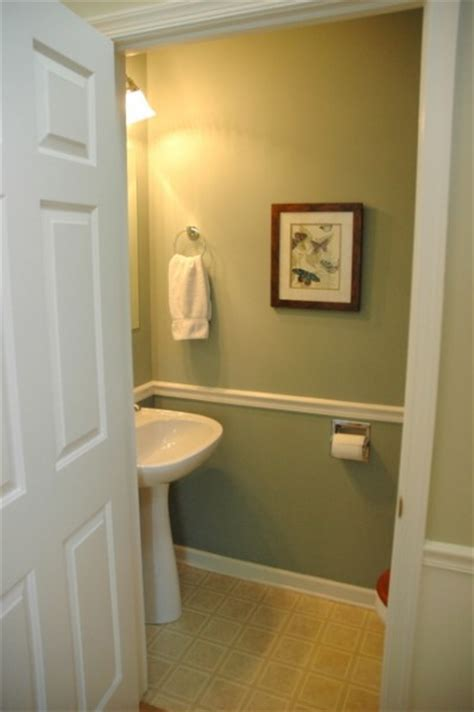powder room paint colors does paint color really matter when selling your home