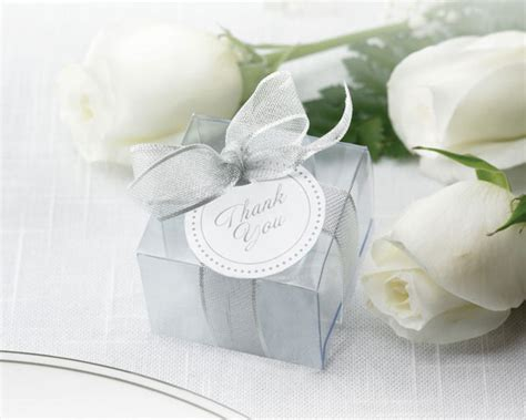 Wedding Favor Boxes Ideas by Hoa S So Your Wedding Is Fast Approaching
