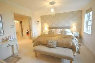 Bedroom Design Ideas Gold And Gold Bedroom Designs Cool Living