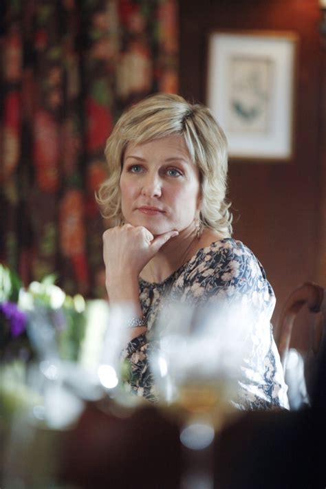 linda reagan hairstyle blue bloods highlights from the fourteenth episode of season 2 of blue