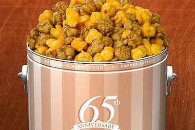 Garret Popcorn Chicago Mix Caramel Crisp Cheese Corn Small garrett popcorn offers 65 cent bag of garrett mix all week the loop chicago dnainfo