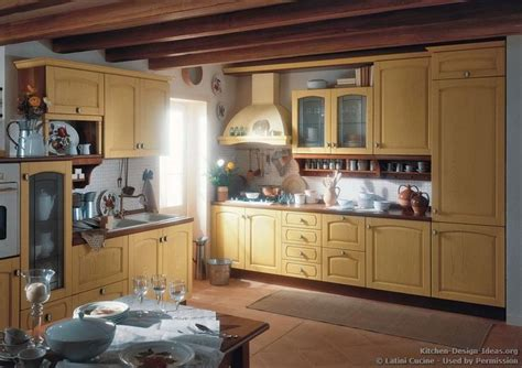 traditional italian kitchen design traditional italian kitchen la cucina italiana italian