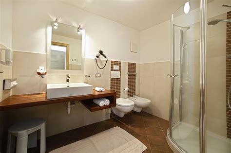 Foto Bagni Moderni Arredati by Appartamenti Garni Hotel Villa Erna Appartamenti Selva