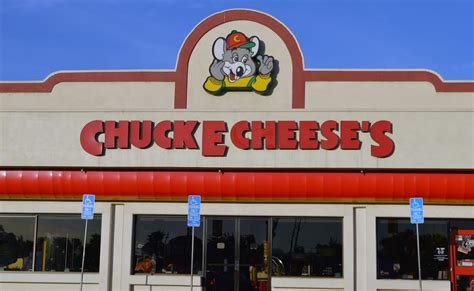 Where Can I Buy Chuck E Cheese Gift Cards - chuck e cheese s 52 photos 100 reviews pizza 930 n san fernando blvd