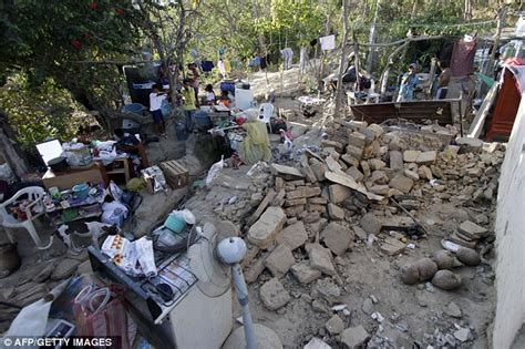 earthquake oaxaca mexico earthquake 7 4 magnitude quake hits oaxaca and