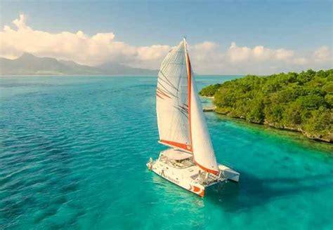 catamaran cruises in mauritius deep sea or lagoon sailing - Catamaran Mauritius Lagoon
