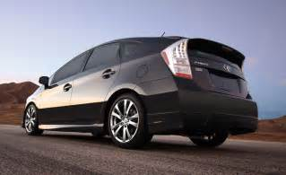 Performance Toyota Toyota Prius Plus Performance Package Brings Kit And