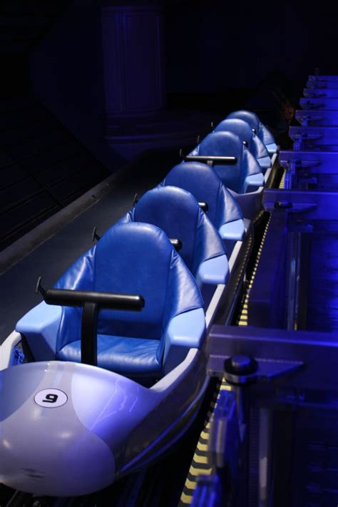 space seating space mountain coaster seats rollercoasters pinterest