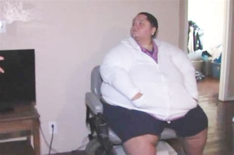 obese woman dies stuck to couch fat woman pics of becky kittrell being pulled posted