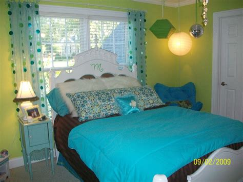 girls blue bedroom tween girls bedroom green blue and brown dream