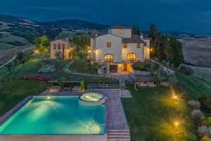 luxury villa rental tuscany villa ciggiano tuscany italy