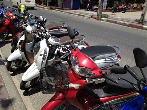 Motorrad Versicherung Nicht Bezahlt by Motorbike Leihen In Thailand Tipps F 252 R Trips Mit Roller