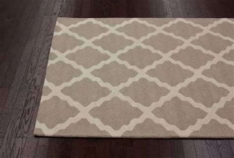 Rugs Pros And Cons by The Pros And Cons Of Ordering Rugs The Decorologist