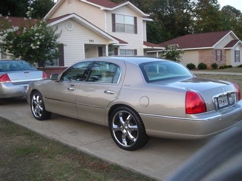 ken2516 2005 lincoln town car specs photos modification info at cardomain