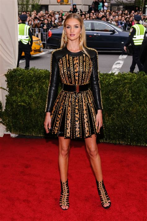 rosie huntington whiteley weight and height rosie huntington whiteley weight height measurements bra size