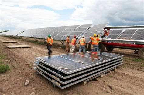 solar installers canada solar power surging to forefront of canadian energy the globe and mail