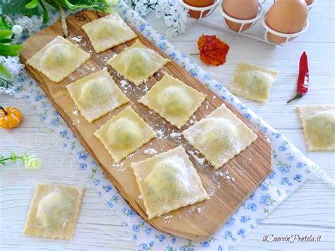 ricetta ravioli ricotta e spinaci fatti in casa ricetta ravioli ricotta e spinaci ricetta ravioli il