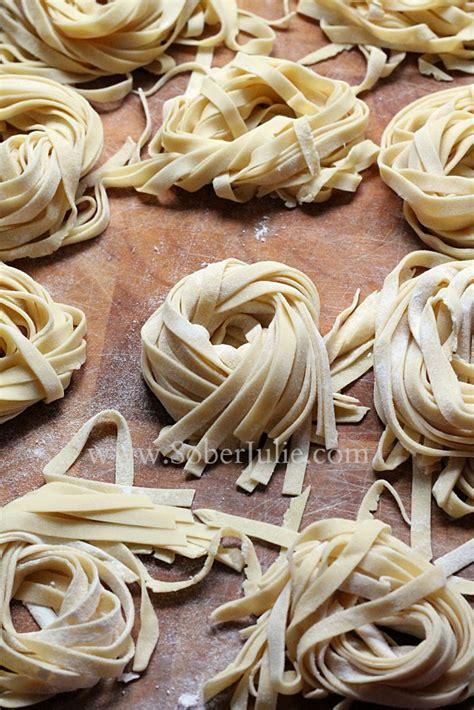 Pasta Handmade - delicious pasta carbonara with bacon and garlic sober julie