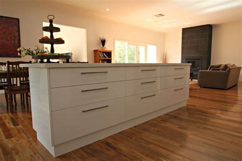 kitchen island with bench modern ballarat white kitchen cabinets matthews joinery