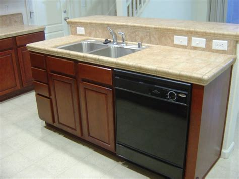 modern kitchen kitchen island wth seating and sink