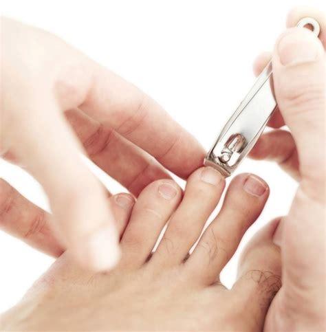 Home Manicure by Manicure Pedicure Tutorial How To Do Pedicure Manicure