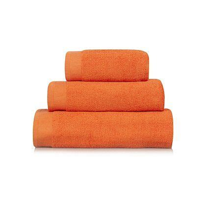 orange towels bathroom 1000 ideas about orange bath towels on pinterest bath