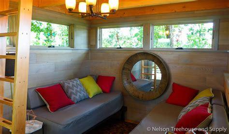 frank lloyd wright tree house nelson treehouse frank lloyd wright lake treehouse