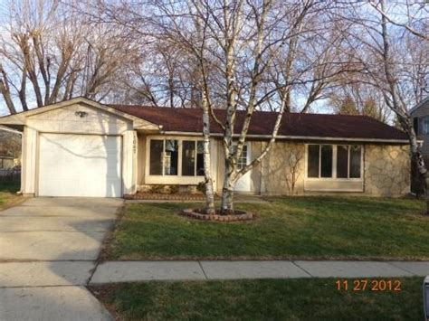 1047 leawood dr elgin illinois 60120 detailed property