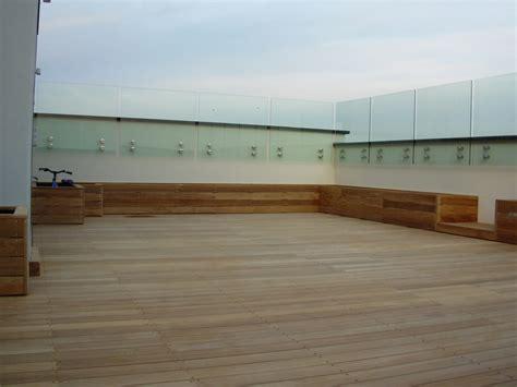 pavimentazione terrazzo di copertura listoni in legno per pavimenti e rivestimenti teak