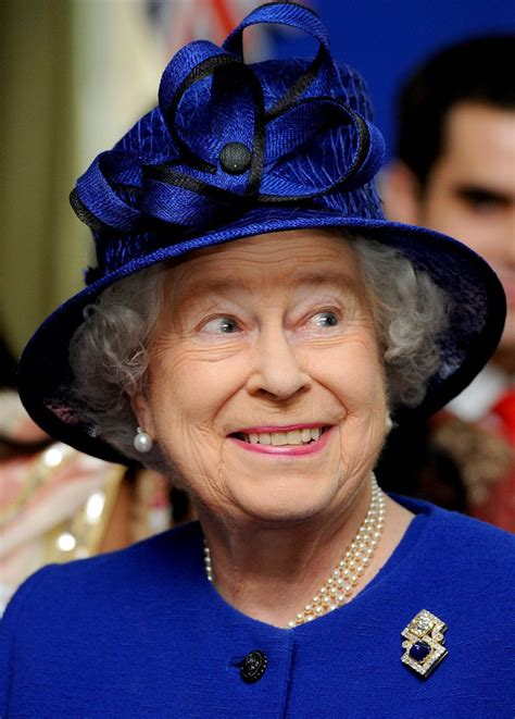 queen s queen elizabeth ii in the queen s blue visit zimbio