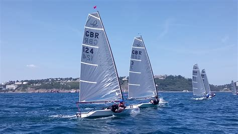 single handed sailing boats singlehanded sailing dinghies boats