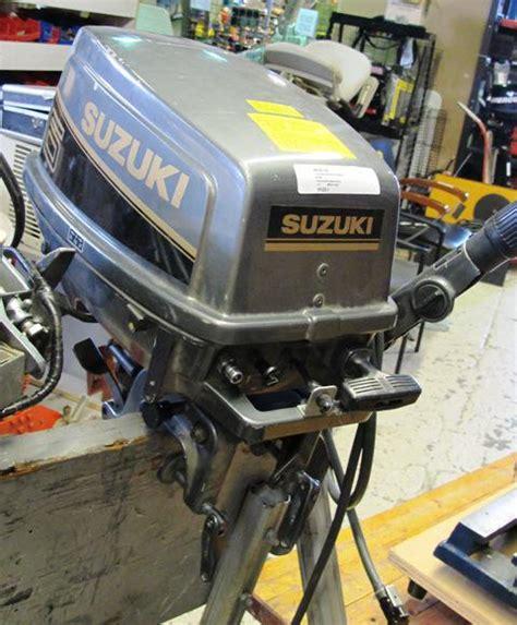 Suzuki 6hp Outboard Suzuki Dt6 6hp Outboard Motor 191223 1 City