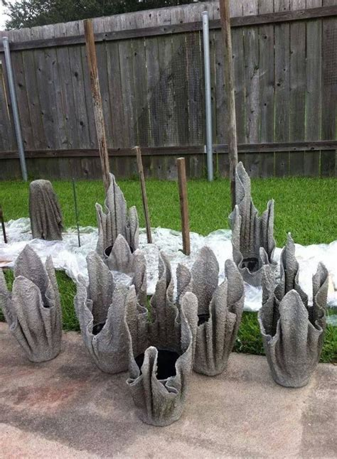 Cement Planters Diy by Diy Concrete Planter From An Towel Or A Fleece Blanket