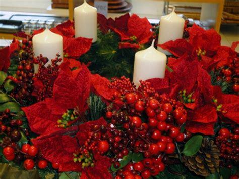 Weihnachtsdeko Fensterbank Rot by Adventskranz Basteln Und Das Sch 246 Nste Familienfest Genie 223 En