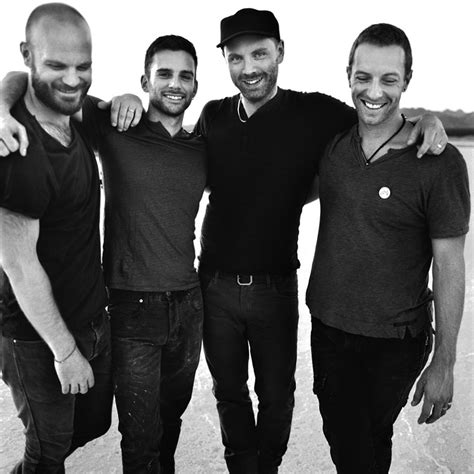 coldplay members coldplay premiere music video for new song quot midnight