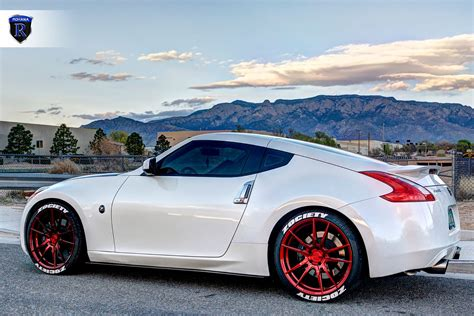 nissan 370z custom rims rohana rf2 rims on a white nissan 370z carid
