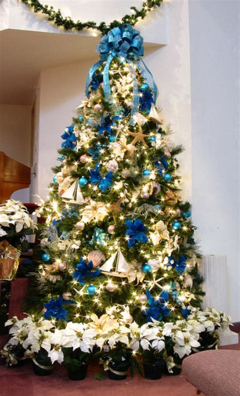 19 christmas tree themes christmas tree ideas theme