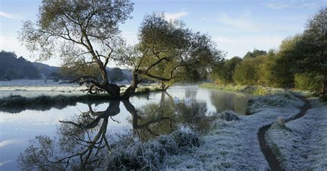weather forecast cold front set to sweep into surrey as
