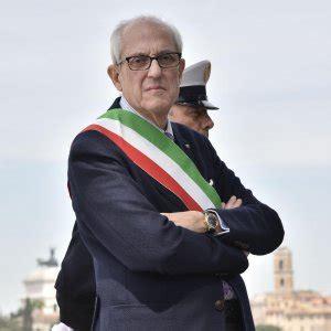 ufficio assunzioni comune di roma roma codacons quot sospendere i 70 funzionari indagati