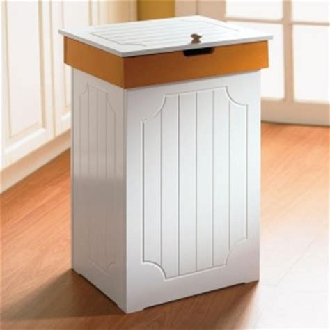 Brylanehome Country Kitchen Trash Bin best proof trash can tips to keep your out of the