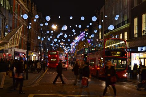 christmas comes to oxford street the cosy traveller