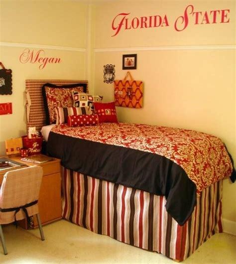 dorm room bed skirts dorm rooms decor dorm room ideas pinterest storage